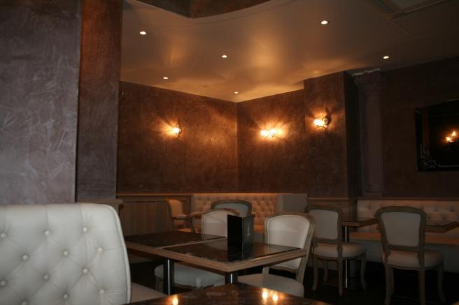 mobilier salon de thé |